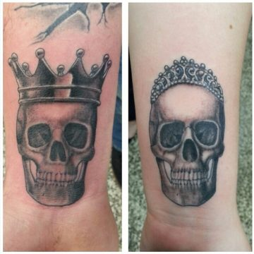 grayscale-king-queen-skull-couple-wrist-Rama